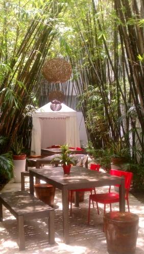 Bamboo Lounge, Catalina Hotel