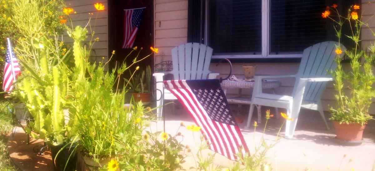 Happy Independence Day from Small House!