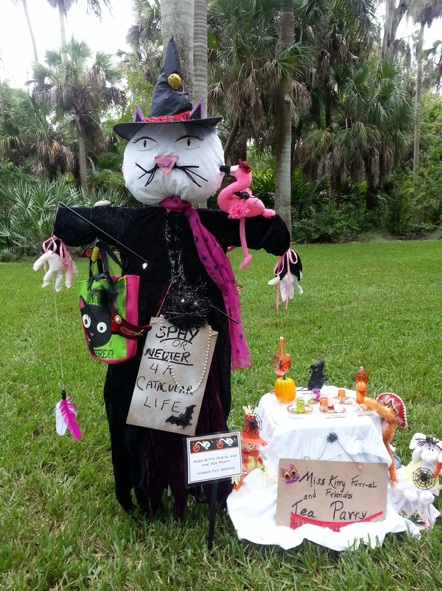 Ms. Kitty Furr-al, McKee Scarecrow Contest, October 2012