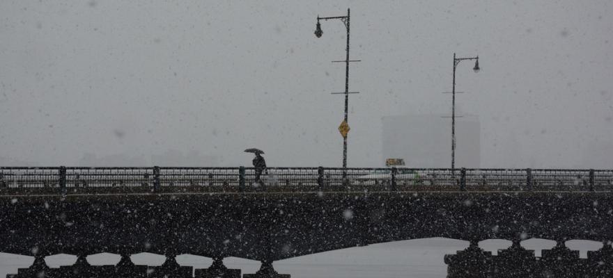 Mass Ave Bridge, Boston, 1/18/2014