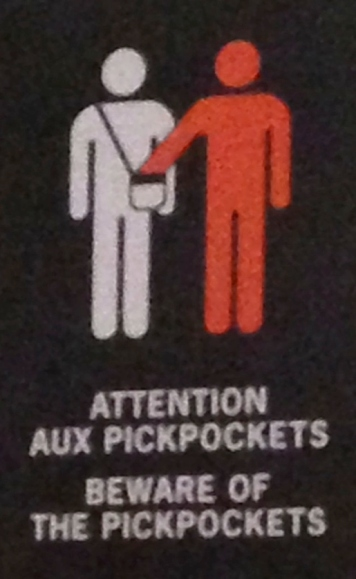 Dieu merci, nous n'avons pas pickpocketed